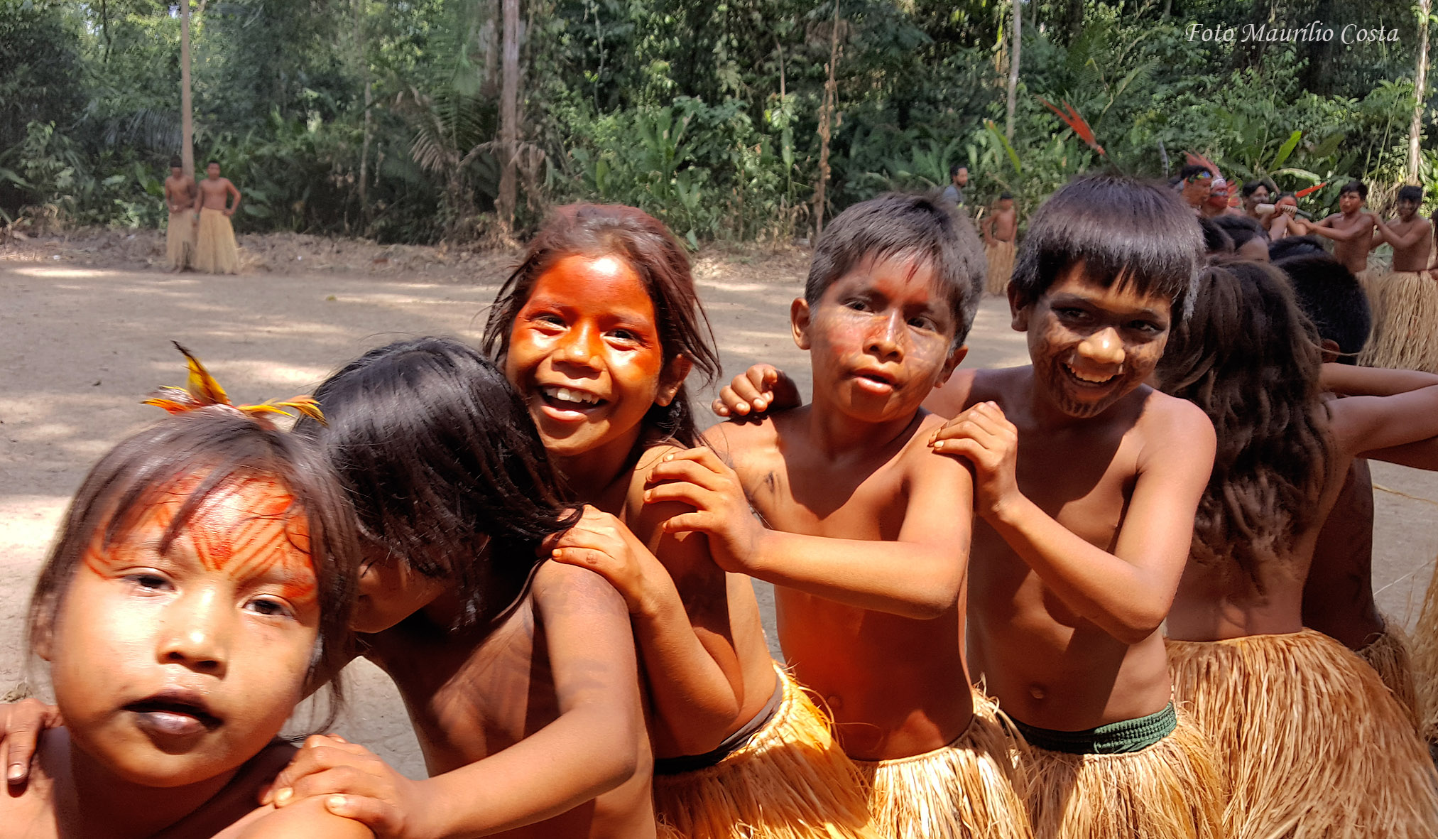 Crianças Yawanawa no Festival Mariri