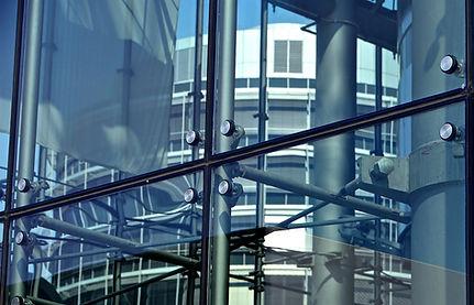 Glas- und Fenster Zeilhofer.jpg