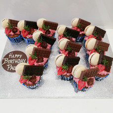 70 Cupcakes