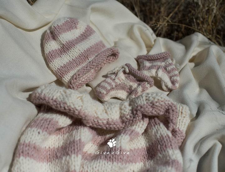 Give2Give -  Baby Bag Girl + Socks + Beanie