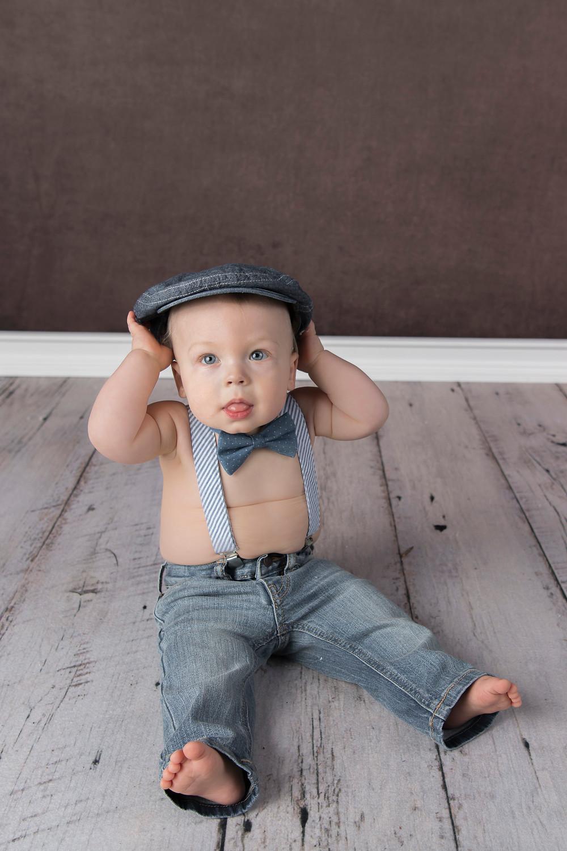 blue eyes little boy 9 months old