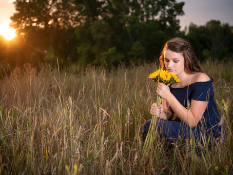 Sunflowers & Senior Pictures Photographer Tips
