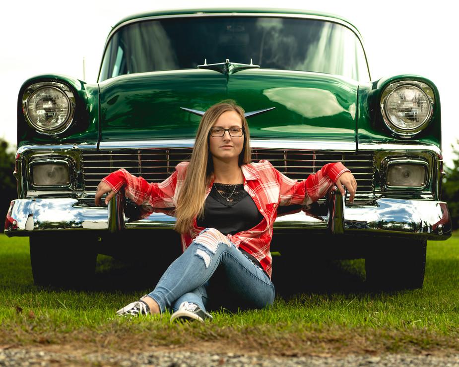 senior pictures girl green car