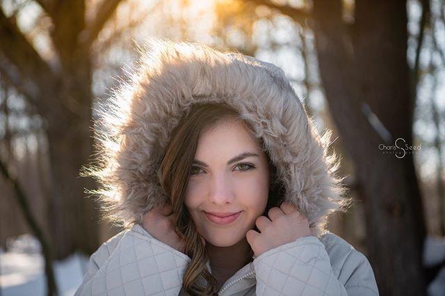 senior girls pictures winter