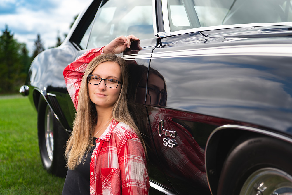 Camaro with senior girl