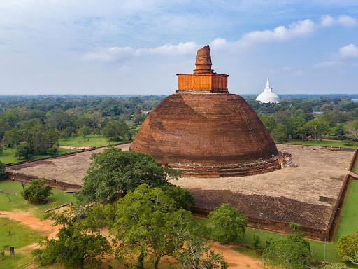 Tne ancient city of Anuradhapura.