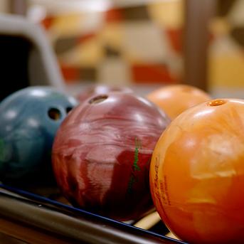 UW_bowlingballs.png