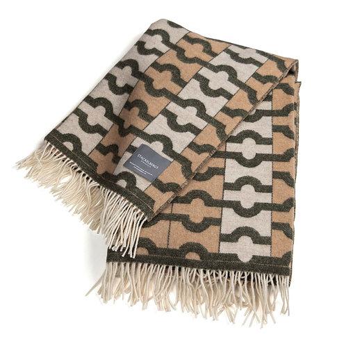 Stackelberg Pledd Wallpaper Blanket Beige, Moss & Offwhite Jaquard