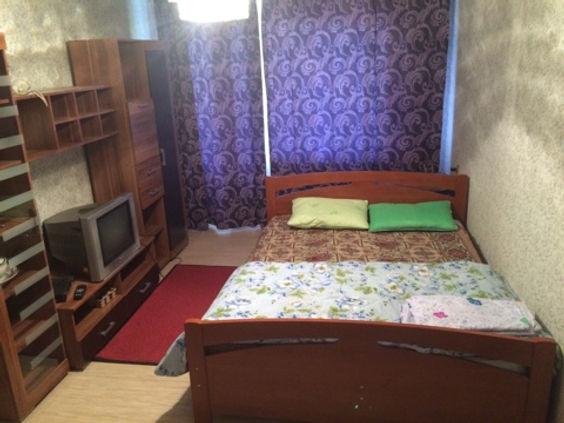 1-комнатная квартира посуточно, 1-2человек от 2000/суткиЯкутск, Губина 33
