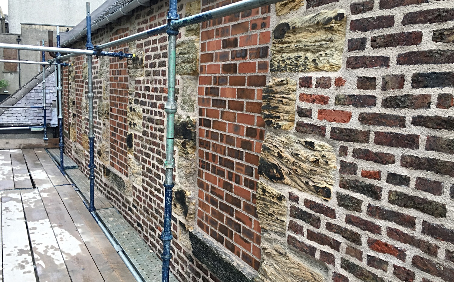 lime-pointing-brickwork-falkirk-2.jpg