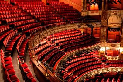 Teatros en Reino Unido regresan este fin de semana (con limitantes de aforo)