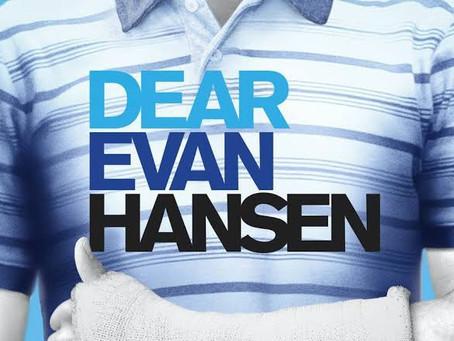 """Ben Platt y Kaitlyn Dever podrían protagonizar la película de """"Dear Evan Hansen"""""""