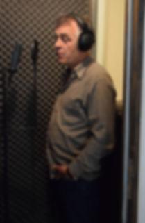 Enregistrement de la voix de Stefan Godin pour le documentaire Guerre fantôme : la vente d'Alstom à General Electric