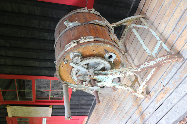 Mantequera de barril