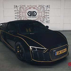 Audi R8 V10 - Yellow Striping