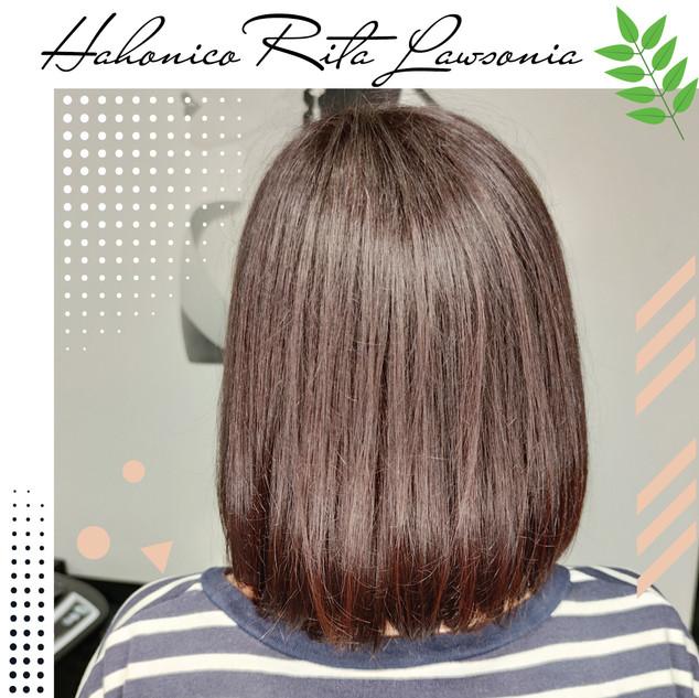 Обволакивает волос,  уплотняет по всей длине,  придавая объём