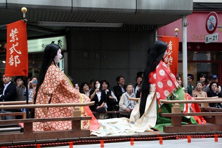 9-12 век в моде у японок длинные распущенные волосы