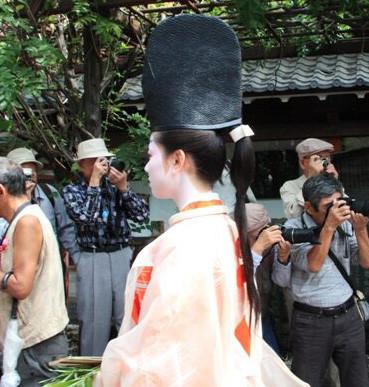 "японки из семьи самураев носили ""конский хвост"""