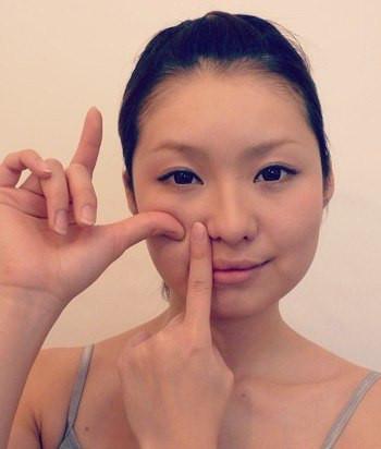 японский массаж для лица в течении 1 минуты