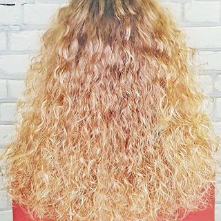 безопасна для блондированных волос