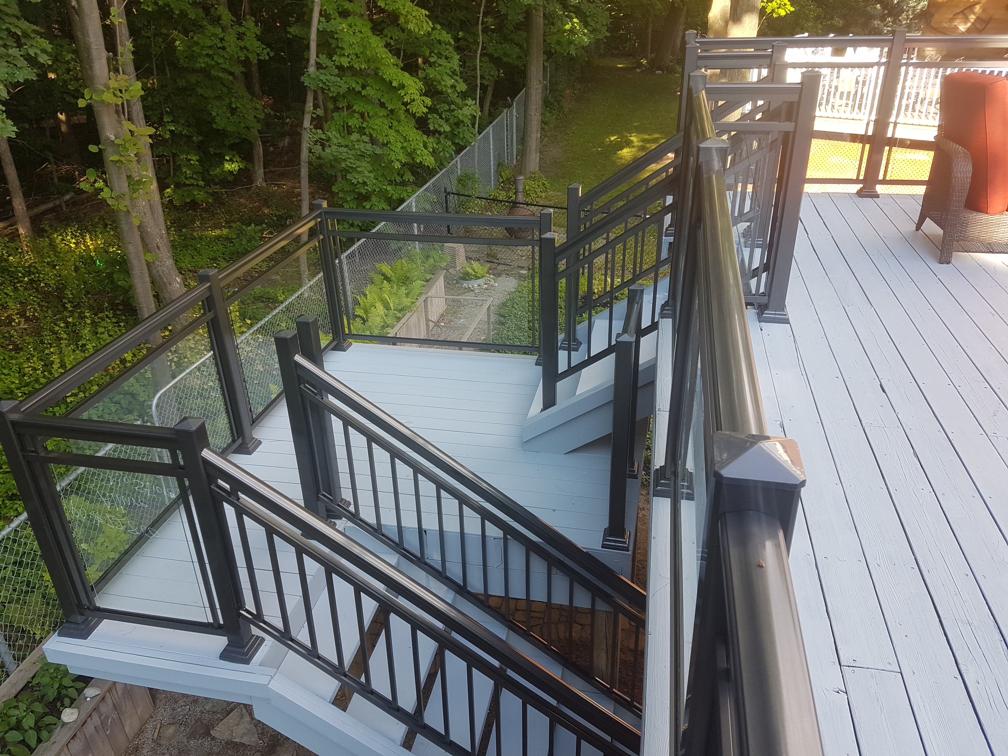 Glass aluminum railings