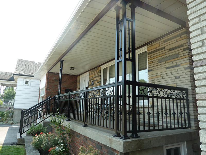 more detail railing