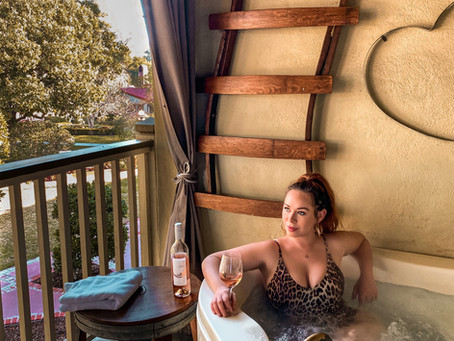 Ghosts, Wine and Private Hot Tubs. My Stay at the Paso Robles Inn.