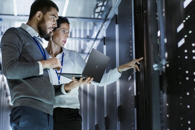 What's the role of a Database Administrator?