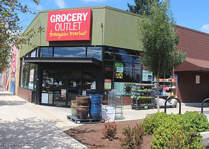 Grocery Outlet Lombard.jpg