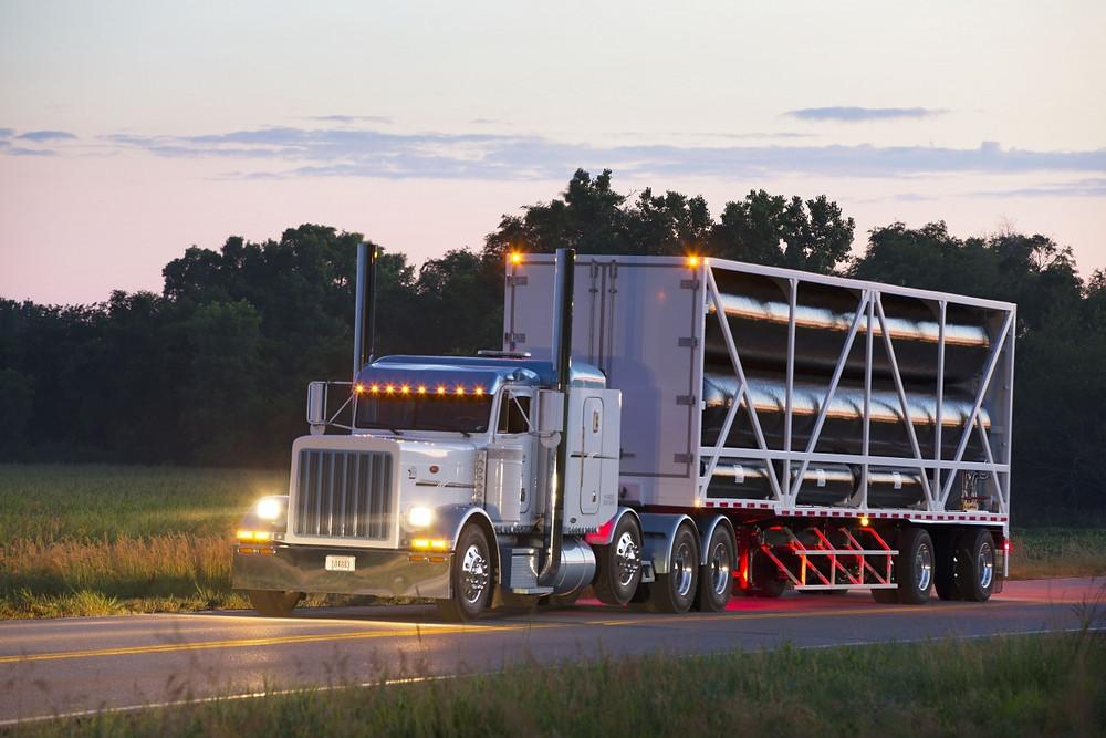 Hexagon Lincoln Titan trailer