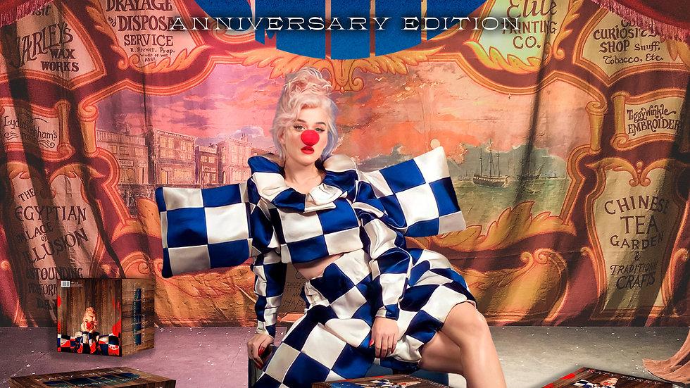 "Katy Perry ""Smile"" Anniversary Box Edition"