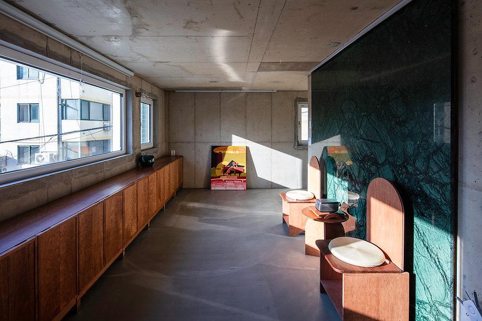 홍은동 남녀하우스 거실 협소주택