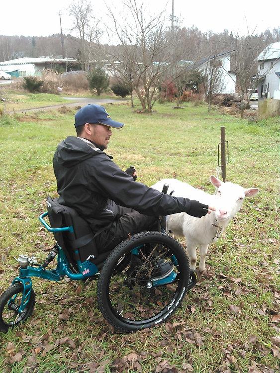 オフロード用車椅子,アウトドア用車椅子,マウンテントライク,Mountain Trike