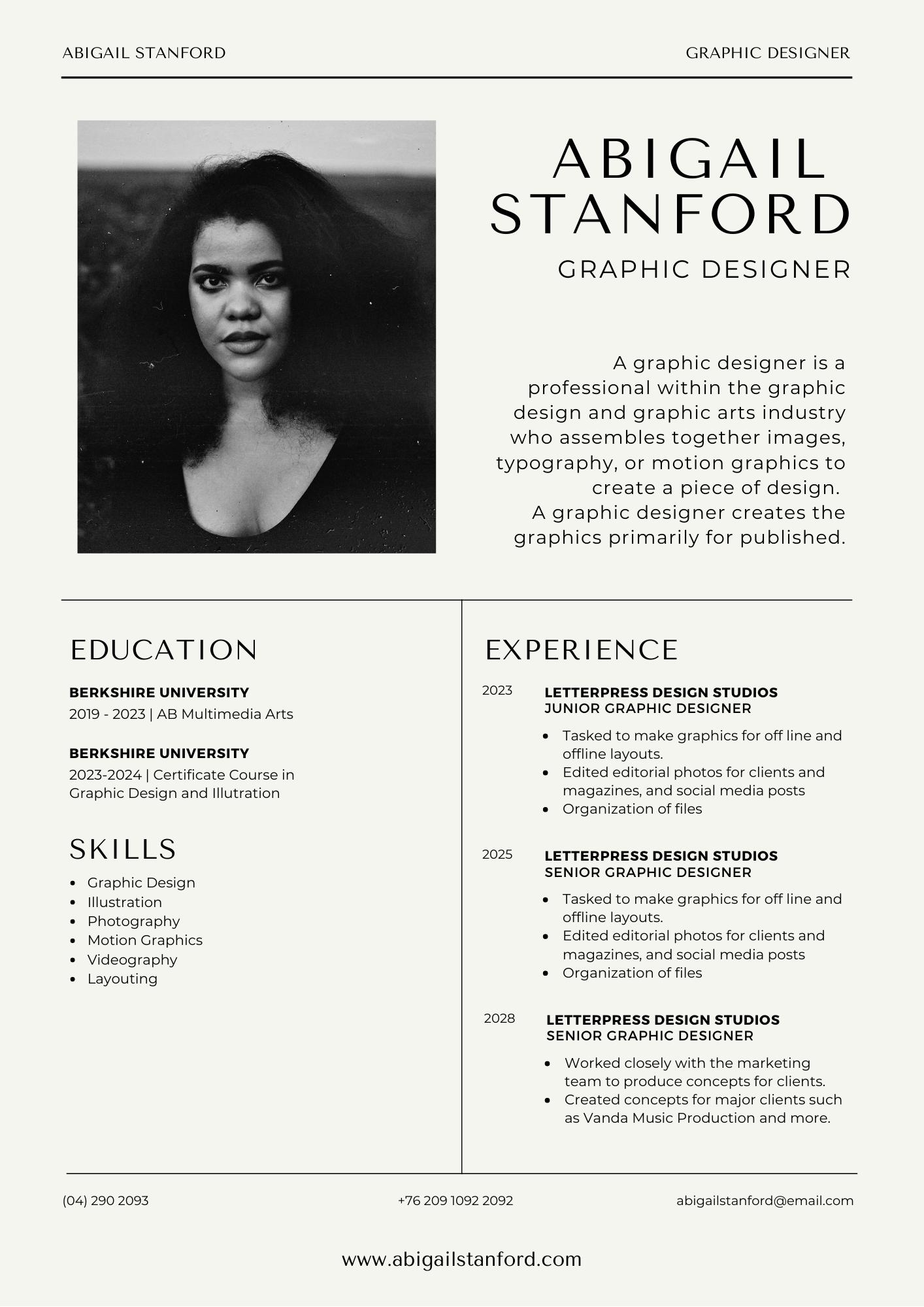 Black and White Modern Graphic Designer