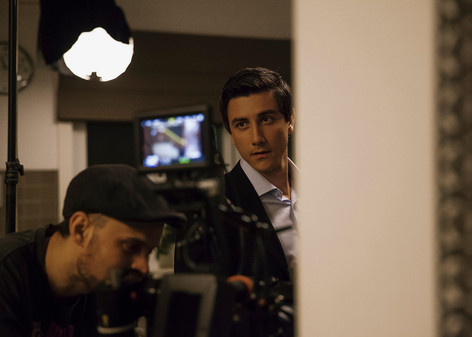 On the set of Liar.