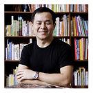 郭英釗 / 九典聯合建築師事務所主持建築師、2011年中華民國傑出建築師 / 推動國內外永續建築相關產業的發展,作品整合綠色材料及工法,並結合教育、研發,展示創造建築除了美學之外的社會價值。代表作包括北投圖書館被認為是台灣綠建築的標竿作品,亦是汗得監造之「太陽圖書館」合作建築師。