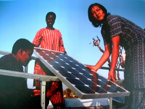 【 GOOD EXPERIENCES in INDIA 】 再生能源帶來的光亮與希望 — 印度赤腳學院