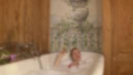 Julie-Marie Parmentier petit Théâtre baignoire