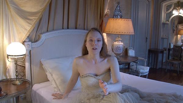 Julie-Marie Parmentier interprète Le Songe de la jeune fille