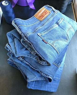 Jeans%20Espoo%20Mending_edited.jpg