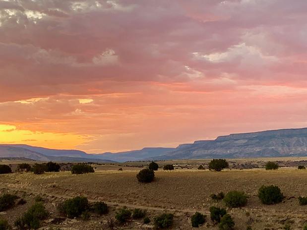 Abiquiu Sunset 1000.jpg