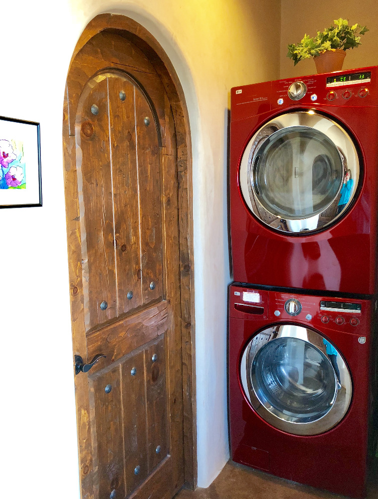 The Casita del Lago Laundry
