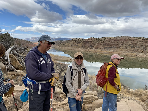 Guided Navajo Trail Hike with Lunch