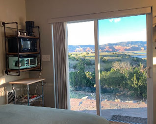 The_Studios_of_Abiquiú_Lake_Room_View._e