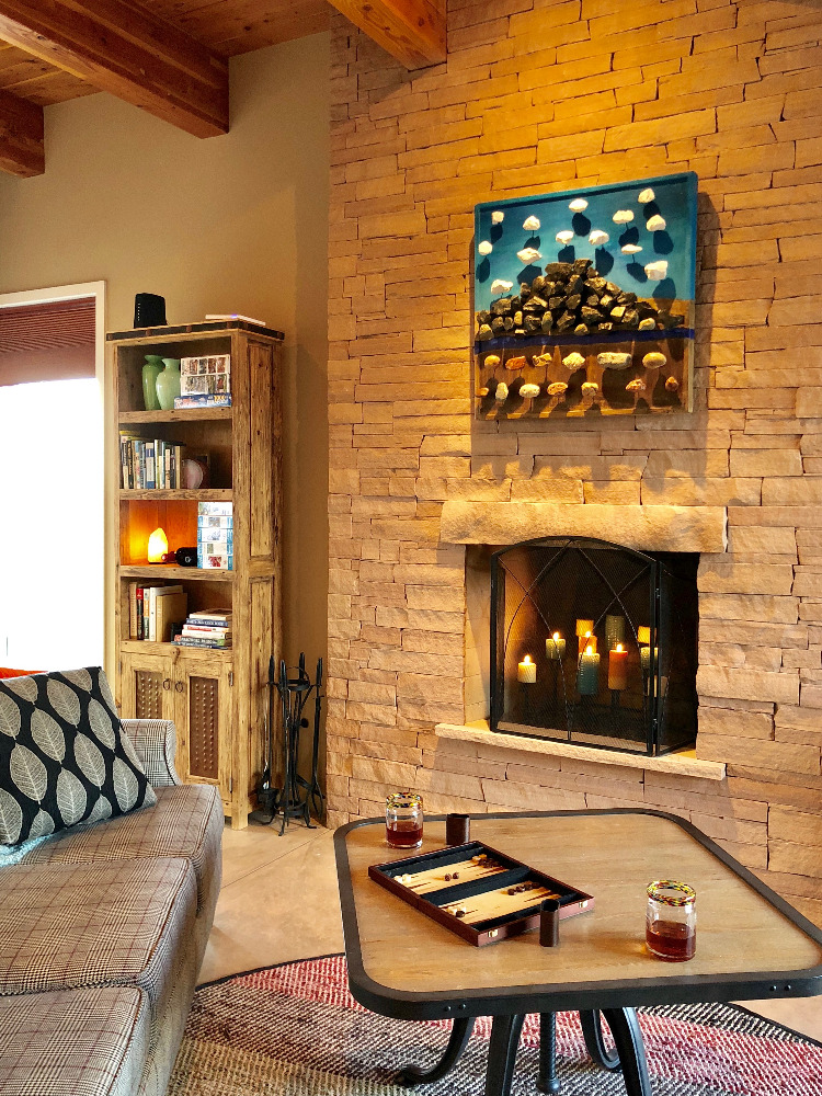 Abiquiu Lake Mesa Living Room