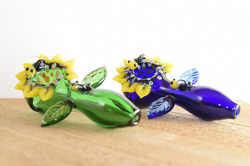 Glass pipes by @420OldFatLesbians
