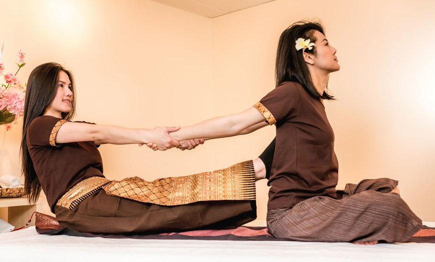 60 Minute Thai Yoga Massage
