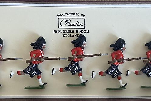 Cameron Highlanders Charging