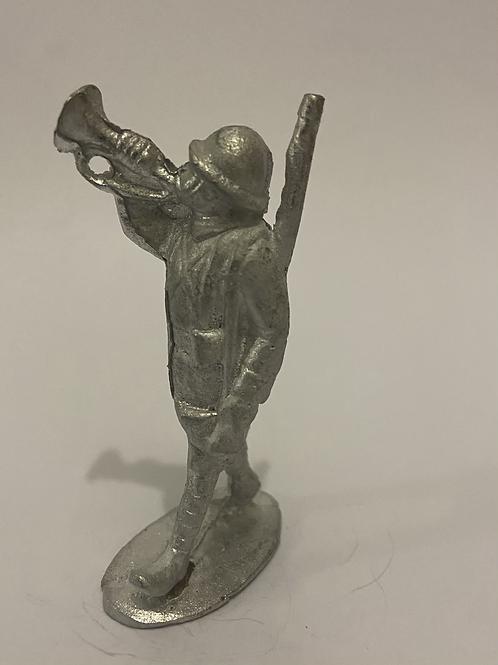 Q15. WW1 French Infantry Trumpeter (Helmet)