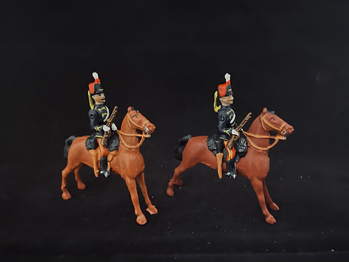45c2. Hussar on standing horse.  (Britains 2nd version) 45mm)